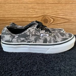 Vans Youth Shark Authentics